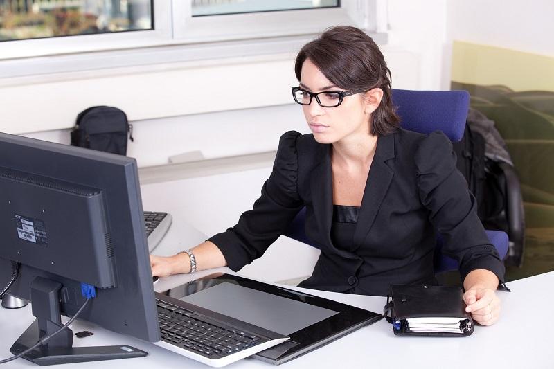 Comment recrute une agence d'hôtesses ?