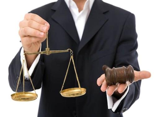 Conseils pour choisir l'avocat d'affaires qu'il vous faut