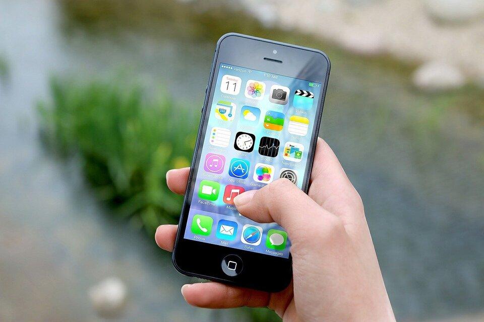 Les 8 des choses à prendre en compte lors du choix d'un forfait mobile à Montréal